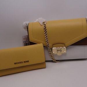 Michael Kors Kinsley Shoulder/Wallet Set New